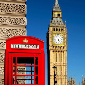 This red phone box is almost as iconic as Big Ben.
