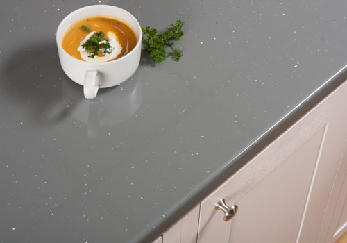 Our grey sparkle laminate worktops create feature luxurious grey colour with small metallic flecks.