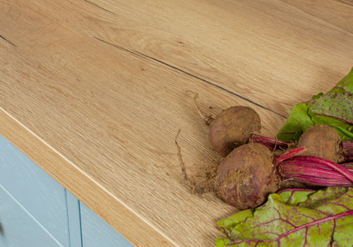 Our full stave rustic oak laminate worktops make a beautiful addition to any kitchen.