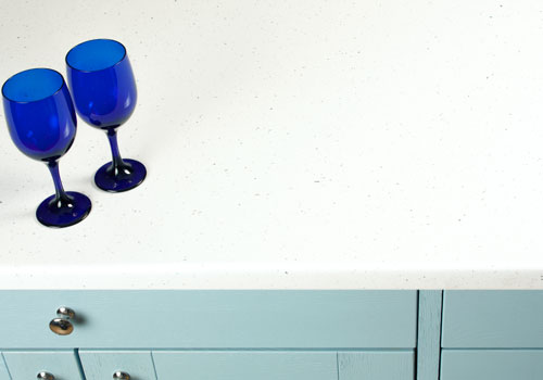 This white sparkle laminate worktop has a high-shine finish.