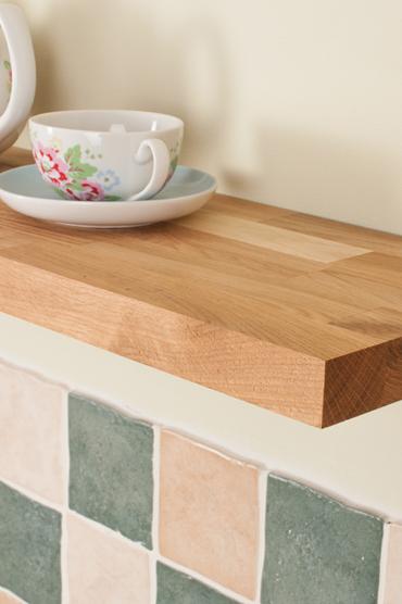 solid oak floating shelf oak 600mm x 200mm x 40mm. Black Bedroom Furniture Sets. Home Design Ideas
