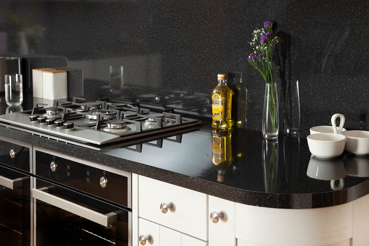 Go to our black gloss laminate worktop gallery page