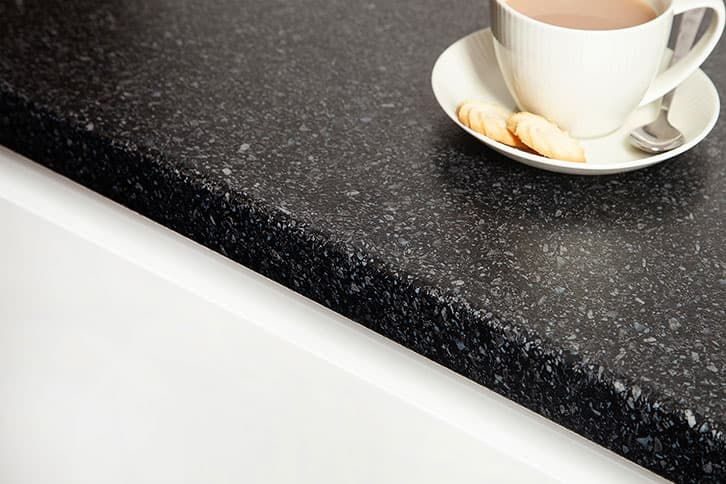 Black Quartz Laminate Worktop Edge