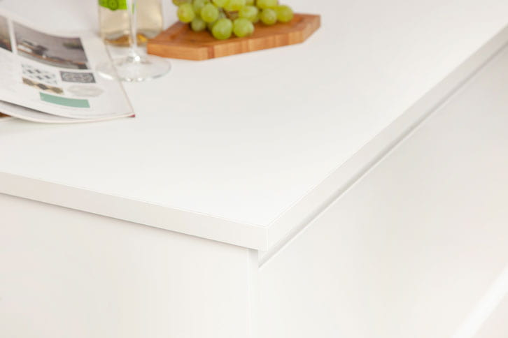 Pure White Super Matt Worktop Corner