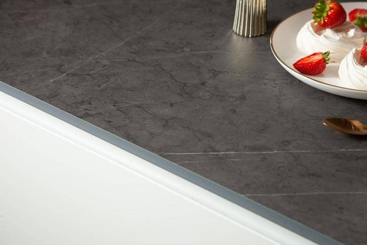 Cloudy Nova effect Worktop Edge