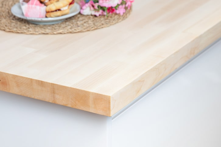 Maple Worktop Corner