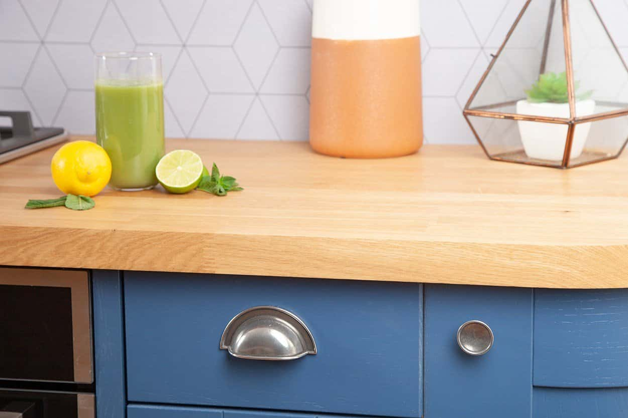 Go to our prime oak worktop gallery page