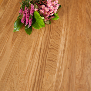 Our 40mm full stave oak worktops are one of our most luxurious choices.