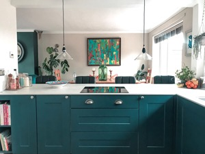Rosie Ashmore – Rosie used the popular Zenith Marble Veneto worktops, from our solid laminate range