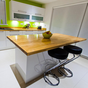 Prime Oak solid wood worktops created into a breakfast bar.