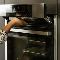 Built-in and built-under ovens free up valuable space on your solid wood worktop.