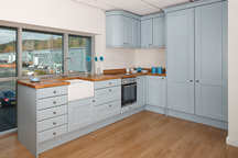 Traditional Blue Kitchen - Chesterfield Worktop Showroom
