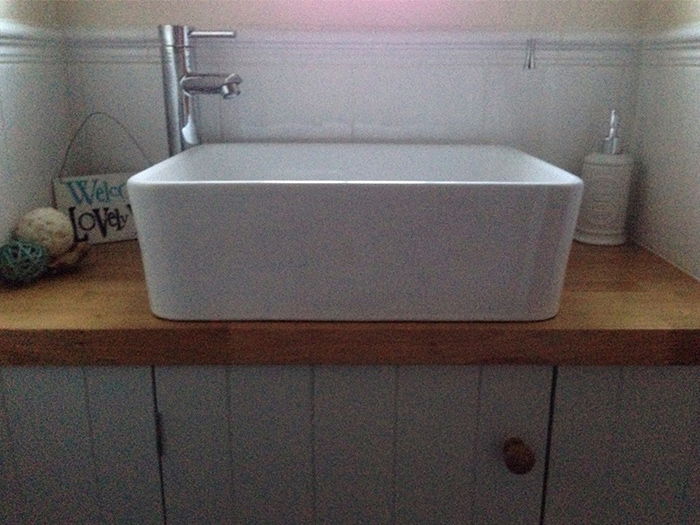Choosing Solid Wood Work Surfaces For Bathrooms Worktop Express Information Guides