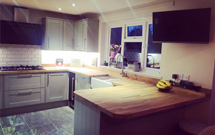 This customer used the offcut from her sink cut-out as an oversized chopping board - A great idea!