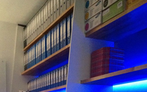 Unusual usage of our oak worktops as shelves with blue LED backlighting.