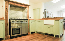 Oak is the perfect choice for kitchens bursting with rustic charm.