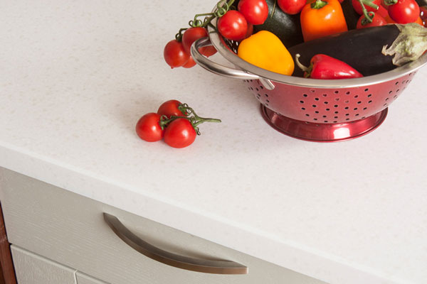 Earthstone worktops replicate the look of a quartz worktop at an affordable price
