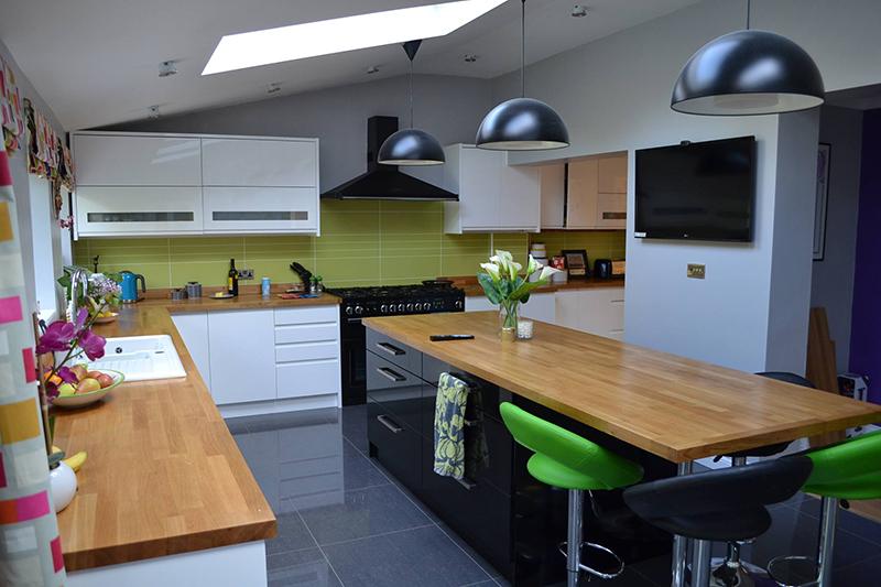 Pre Cut Kitchen Worktops : Prime oak worktops and prime oak kitchen island with endcaps.