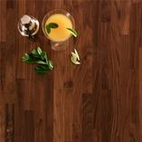 Choose American walnut worktops for luxurious modern settings such as bars, restaurants and contemporary kitchens.