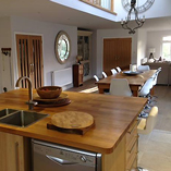 Deluxe Prime oak has extra wide staves - perfect for a large kitchen island.