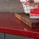 Although contemporary in design, our red sparkle Andromeda laminate worktop can be used alongside more traditional-looking kitchen cabinets.