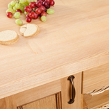 A full stave ash worktop is a fantastic way to showcase the intricate grain pattern of this timber.