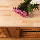Our maple worktops are provided with square edges in a range of sizes, but can also be customised by our fabrication team to suit any kitchen.