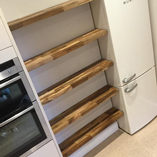 Don't miss out on an opportunity to maximise the storage space in your kitchen - our floating wood shelves are a perfect solution.