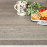 Perfectly emulating the natural pattern of Silver Oak, this wood effect laminate worktop is a great alternative to solid wood.