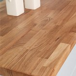 Oak worktops feature characterful grain and a golden hue that makes it an unmistakable hardwood.