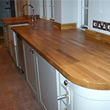 Prime Oak worktops with undermounted sink.