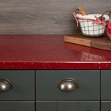 This red sparkle worktop is vibrant enough to combine with other strong colours.
