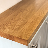 The 90mm staves of our deluxe oak worktops are ideally suited for a luxury kitchen.