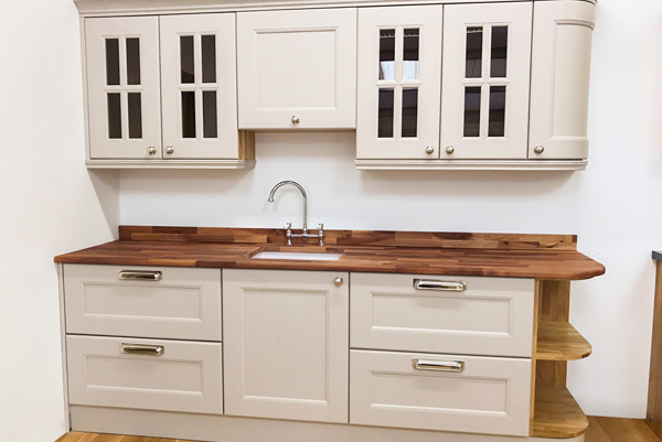 Visit our new Scottish showroom to see a wide range of worktops in Glasgow.
