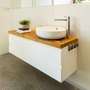 Our laminate worktops for bathrooms are ideal for accommodating sinks whilst providing additional storage space for toiletries