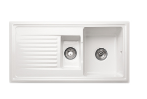 Overmounted kitchen sink in glossy white ceramic