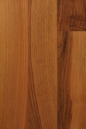 Deluxe walnut worktops grain