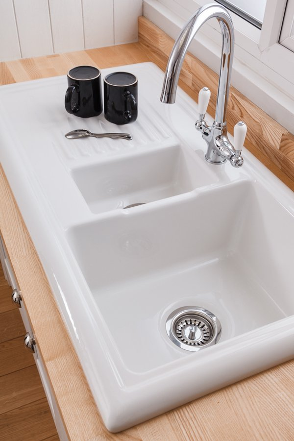 Reginox Overmounted Ceramic Sink with Drainer - 1.5 Bowl (Reversible)