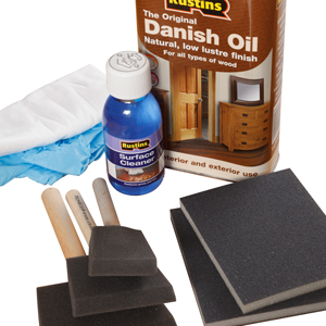 Our Rustins Maintenance Kit offers everything you need to oil your worktop.