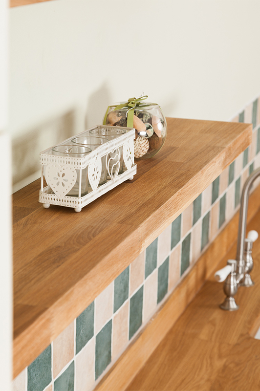 Shown: Solid Oak Floating Shelf