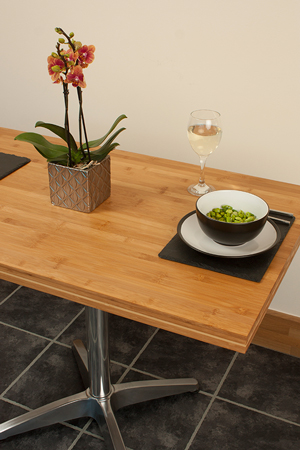 Our caramel bamboo table tops are the perfect choice for dining in restaurants, cafés and bars.