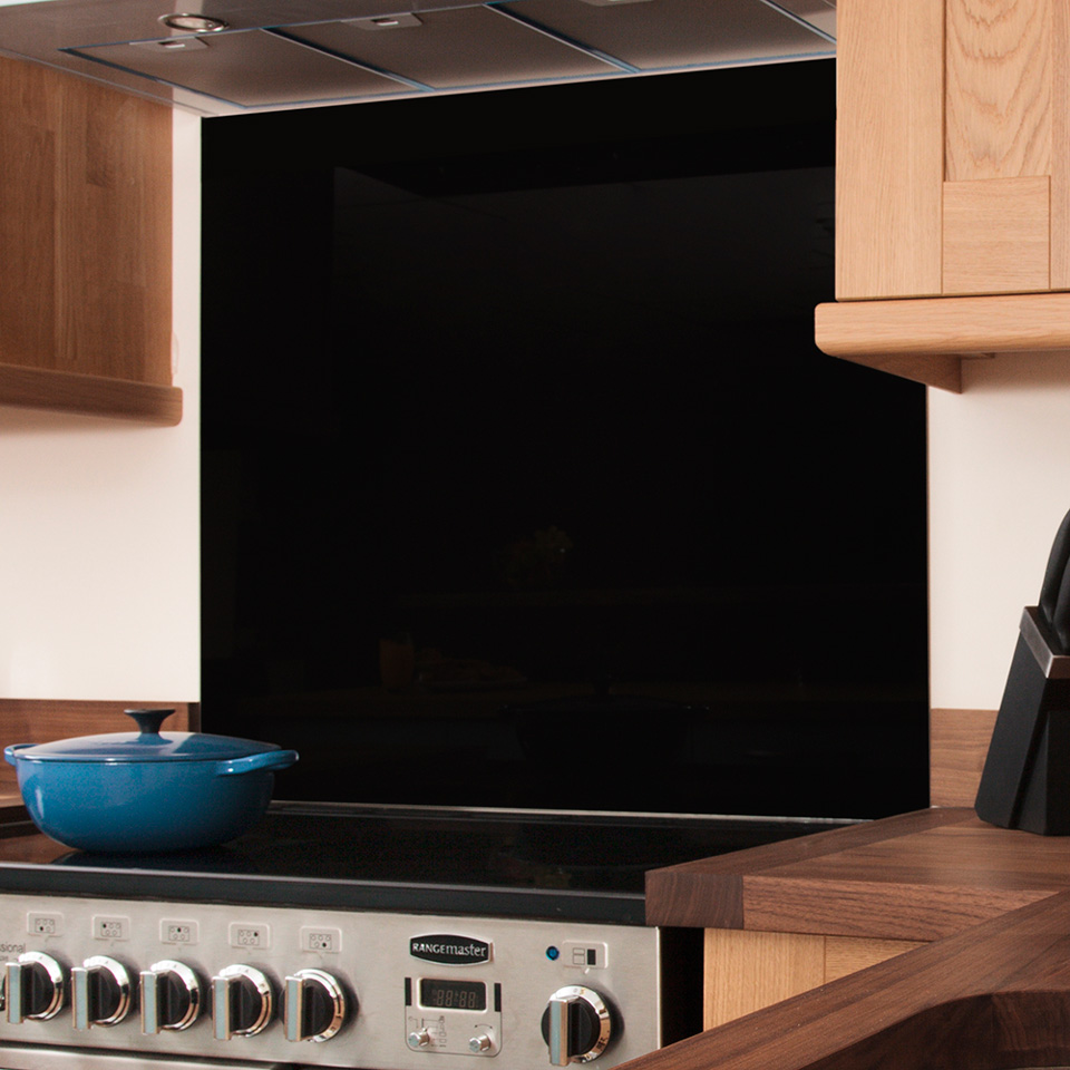 Black Glass Splashback 750mm X 900mm X 6mm Worktop Express
