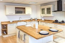 Full Stave Oak Kitchen - Redhill Worktop Showroom