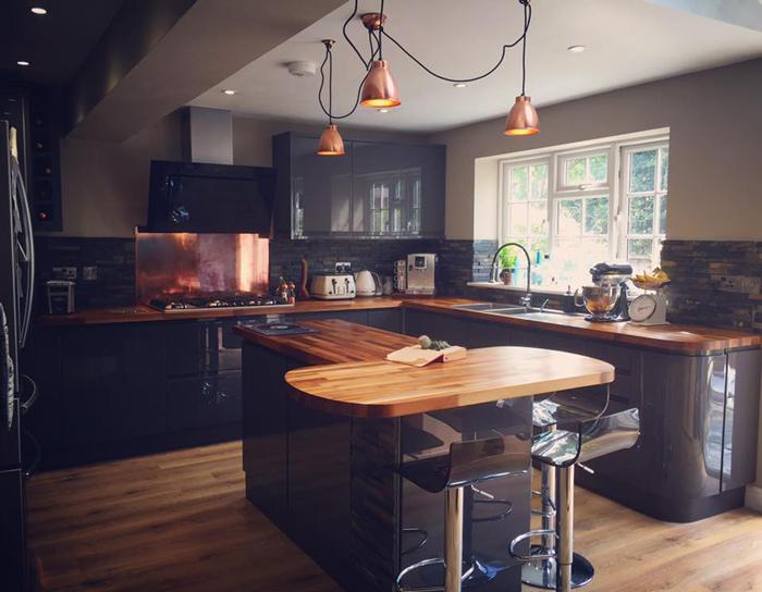 Breakfast Bars Laminate Worktops And Wood Work Surfaces