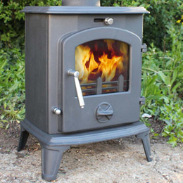 The SaltFire Vienna 5kW Multifuel Stove