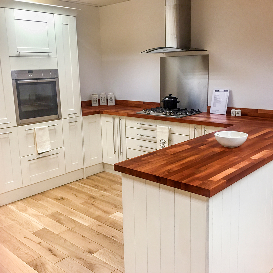 White Kitchen Units With Oak Worktop: Kitchen Worktops Warrington
