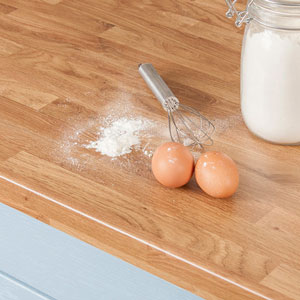 Laminate countertops can be wiped clean easily using our recommended organic cleaning solution.