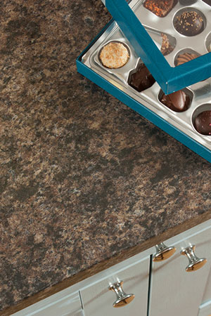 Discover more images of our Bella Noche Brown Granite laminate worktop range