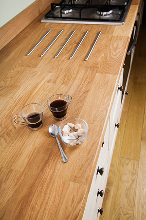 Discover more images of our Deluxe Prime Oak worktop range
